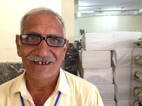 Bala-Sport-Fairtrade-Balls-Worker
