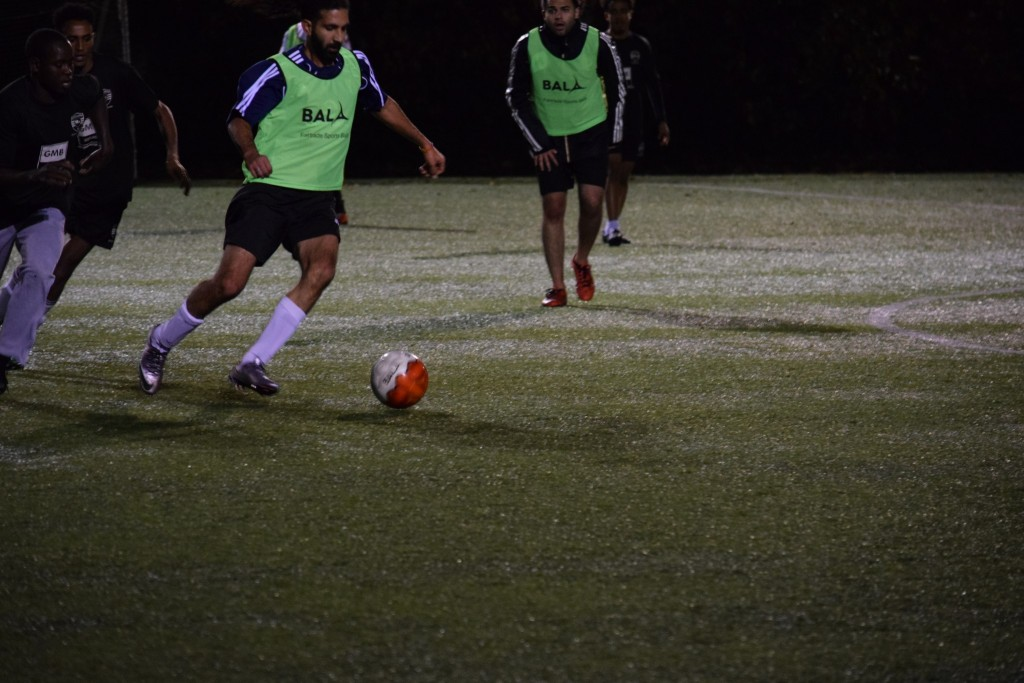 united-glasgow-fc-coaching-session-action-with-fairtrade-bala-sport-team-training-balls-21