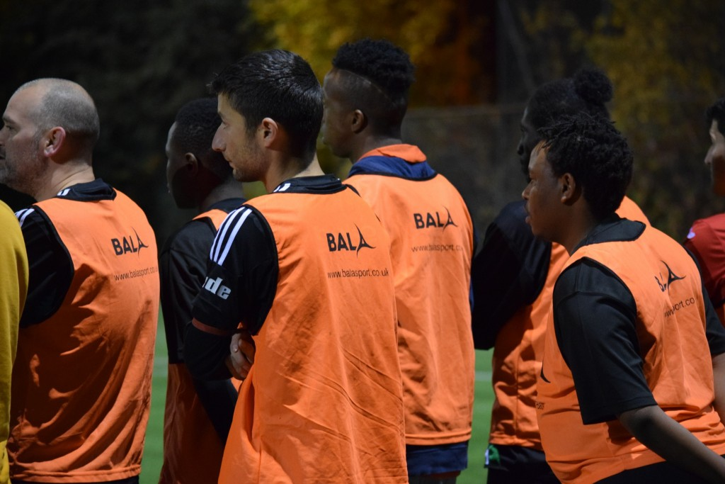 united-glasgow-fc-coaching-session-participants-with-bala-sport-fairtrade-footballs-27