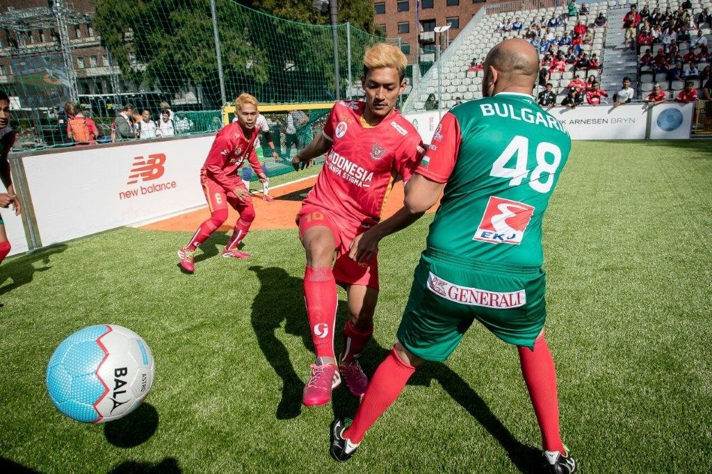 Homeless World Cup Oslo Fair Trade Footballs